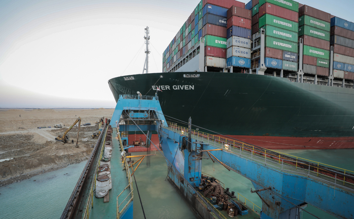 Фото: Suez Canal Authority / dpa / Global Look Press
