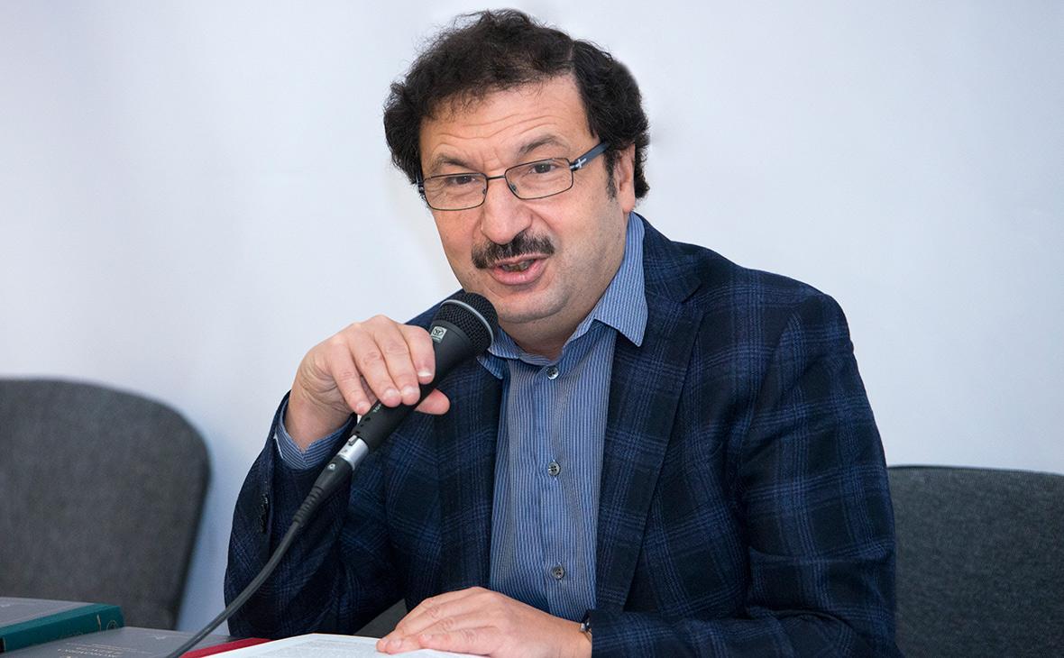 Владимир Мау