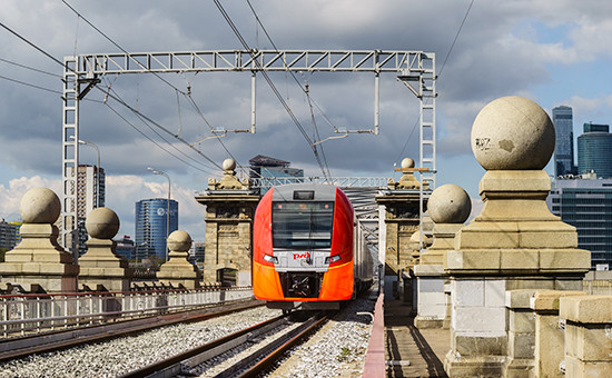 Высокоскоростной электропоезд «Ласточка» на тестовом запуске по МЦК, 2 сентября 2016 года