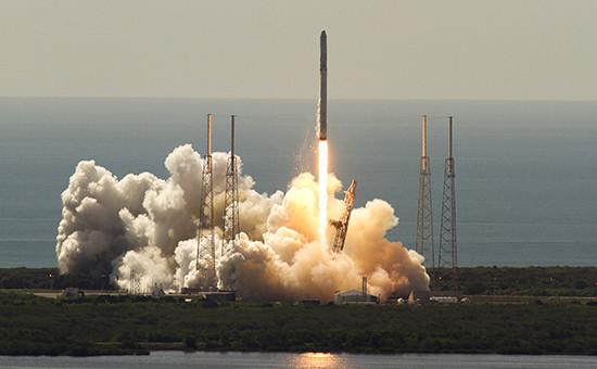 Старт ракеты Falcon 9, мыс Канаверал