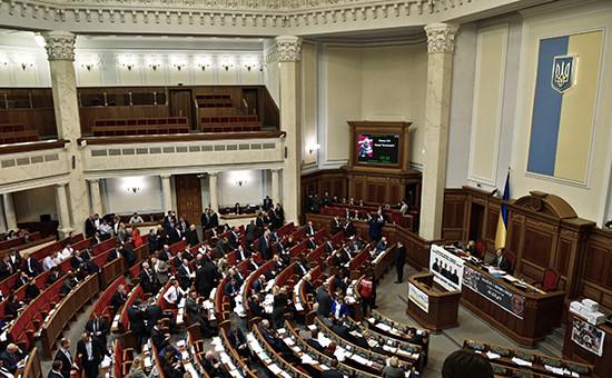 Депутаты назаседании Верховной рады Украины вКиеве