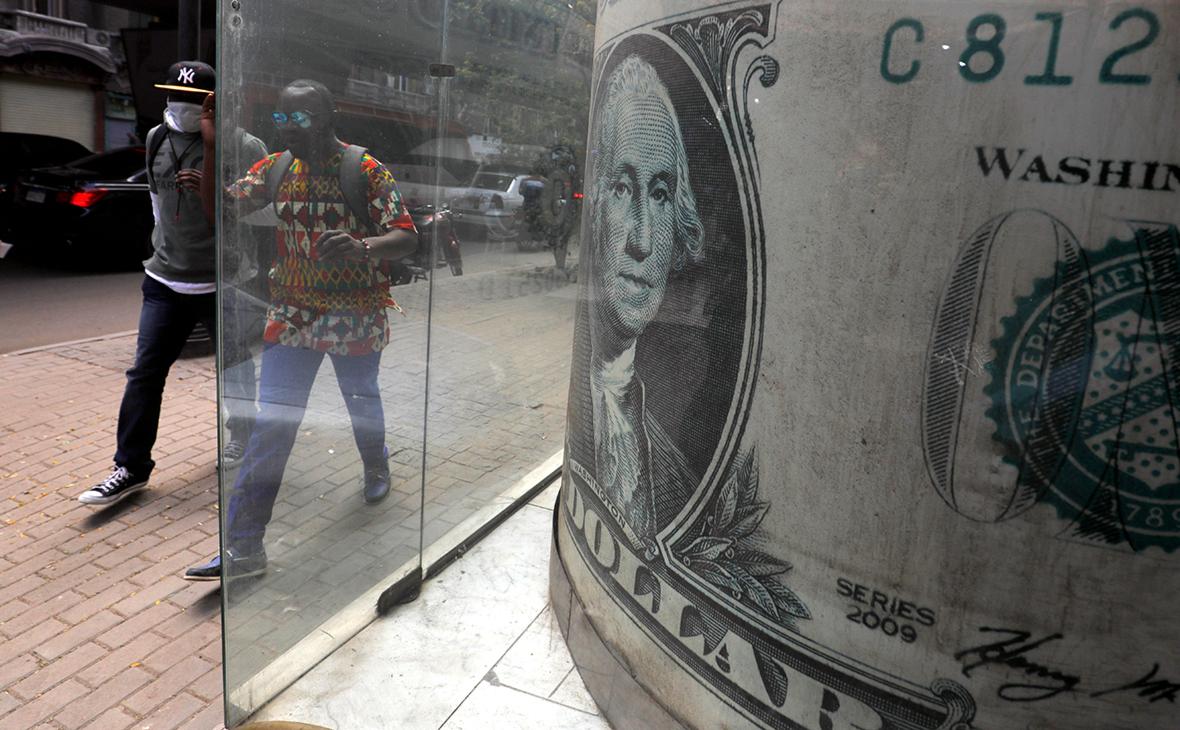 Экономист назвал главное последствие американских санкций для США