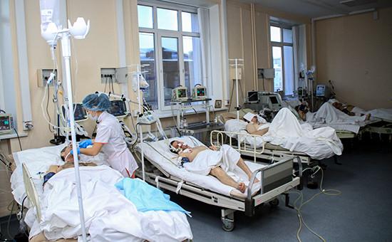 Реанимация Иркутской городской клинической больницы №3, вкоторой проходят лечение люди, отравившиеся суррогатным алкоголем