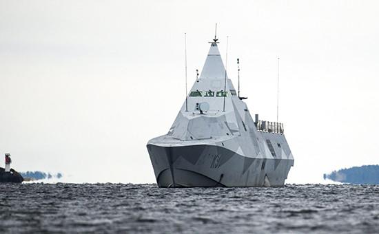 Шведский корвет типа Visby возвращается на военно-морскую базу
