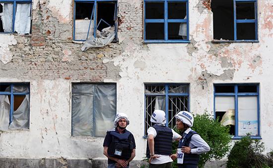 Представители ОБСЕ впоселке ЗайцевоДонецкой области. Май 2016 года