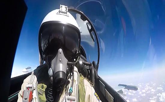 Летчик российского истребителя Су-30 вСирии