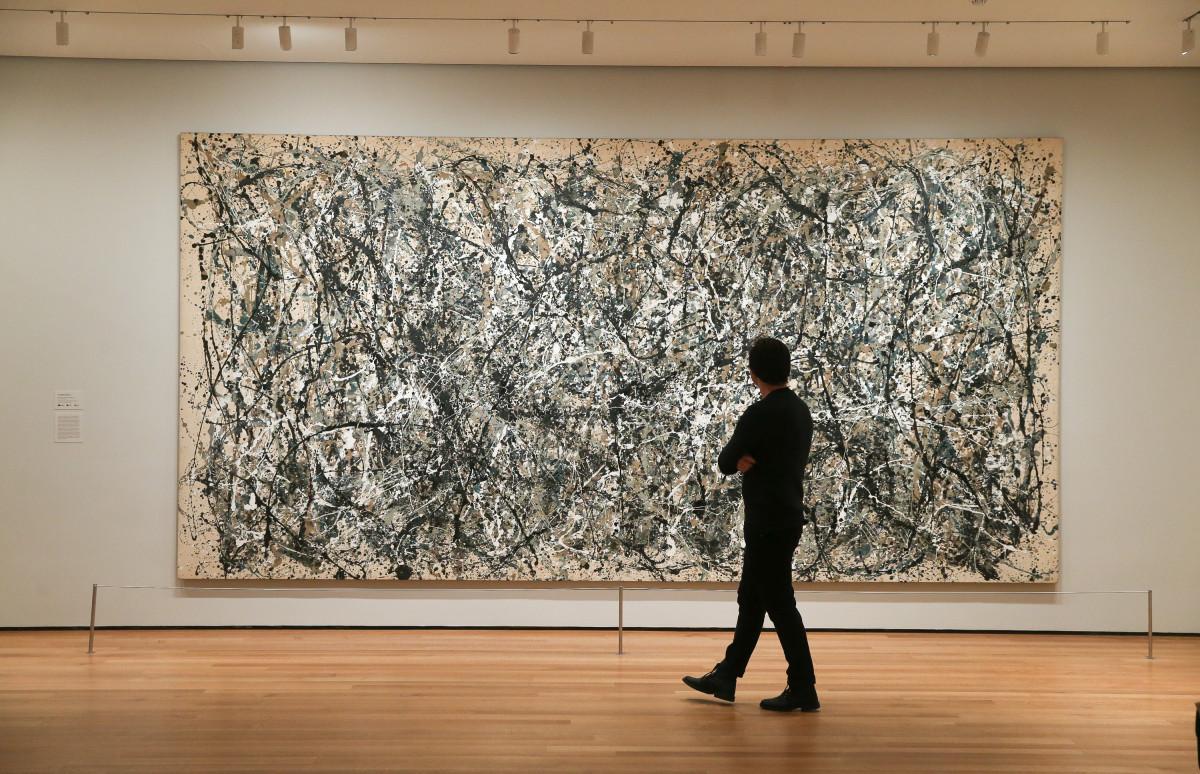 Выставка Джексона Поллока в Нью-Йоркском музее MoMA