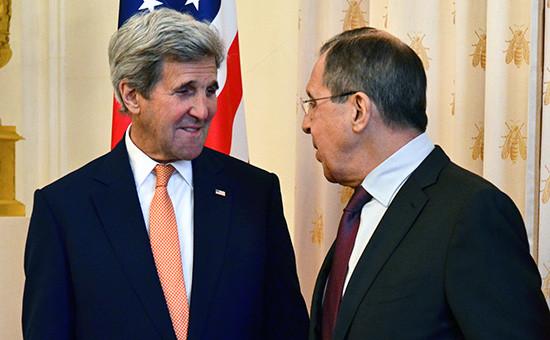 Государственный секретарь США Джон Керри иминистр иностранных дел РФ Сергей Лавров (слева направо) вовремя встречи 24 марта 2016 года