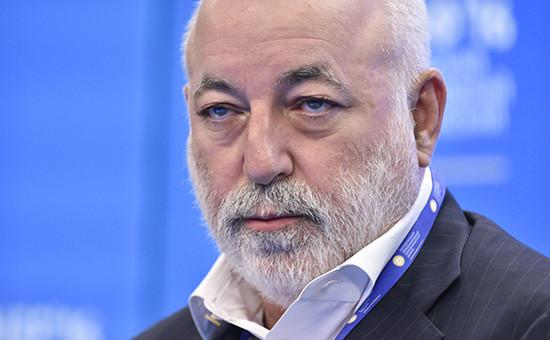 Глава группы «Ренова» Виктор Вексельберг
