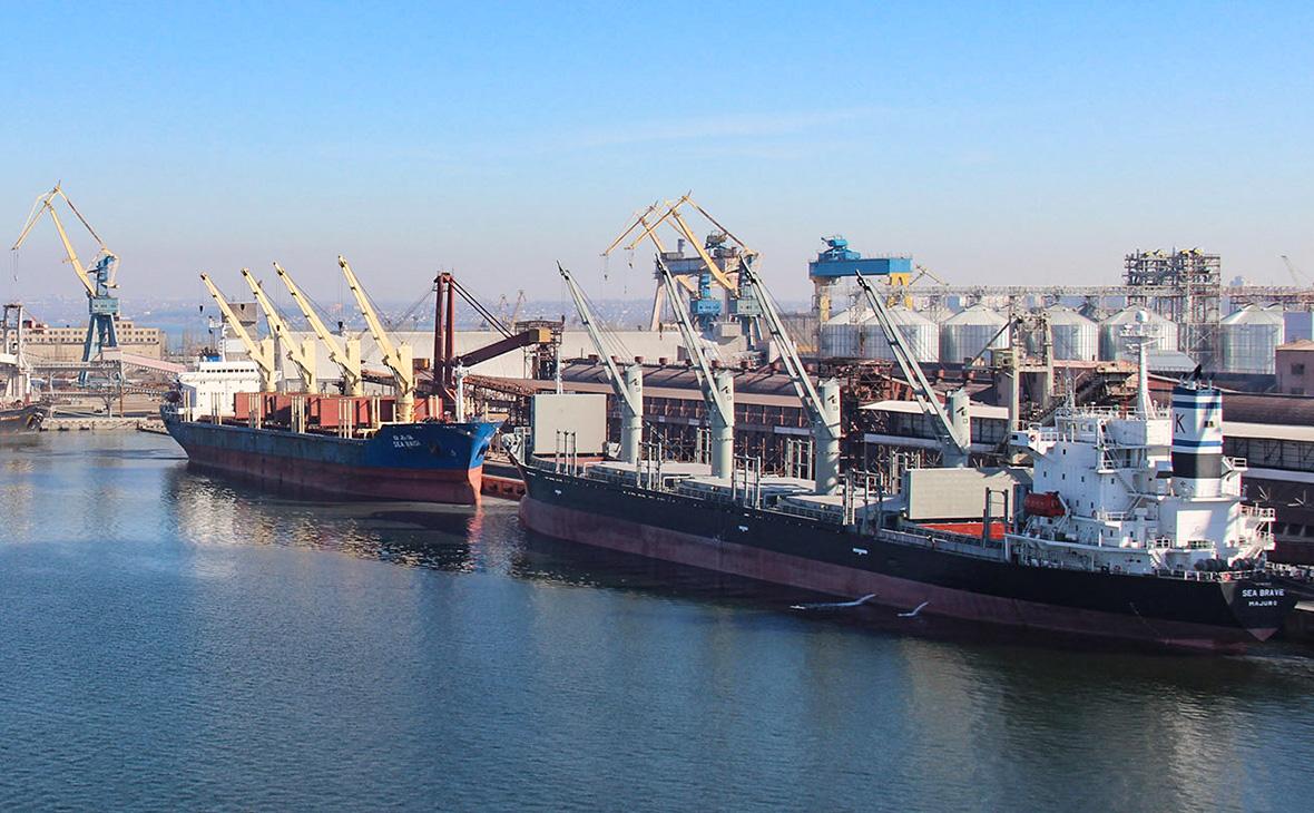 Николаевский морской порт Ника-Тера