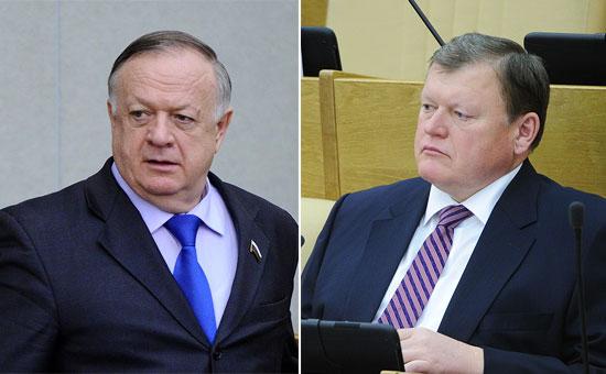 Первый зампредседателя комитета по обороне Виктор Заварзин и член комитета по бюджету Юрий Васильев (слева направо)