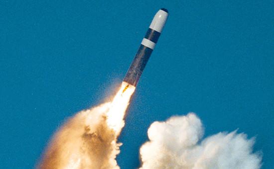 Запуск баллистической ракетыTrident II D5