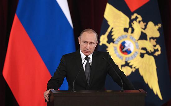 Президент России Владимир Путин на ежегодном расширенном заседании коллегии Министерства внутренних дел РФ
