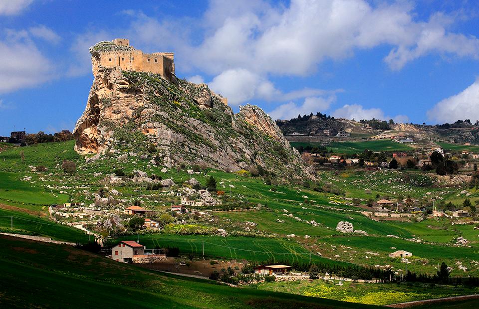Замок в Муссомели