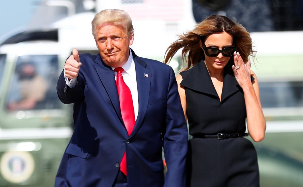 Дональд Трамп (слева)