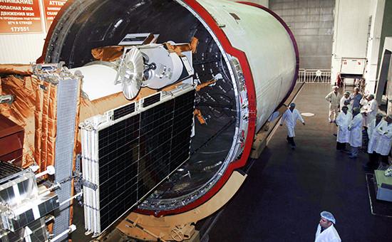 Подготовка кзапуску ракеты космического назначения «Союз-2.1б» сроссийским метеорологическим космическим аппаратом «Метеор-М», 2009 год