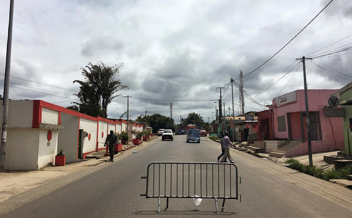 Улица в Либревиле, Габон