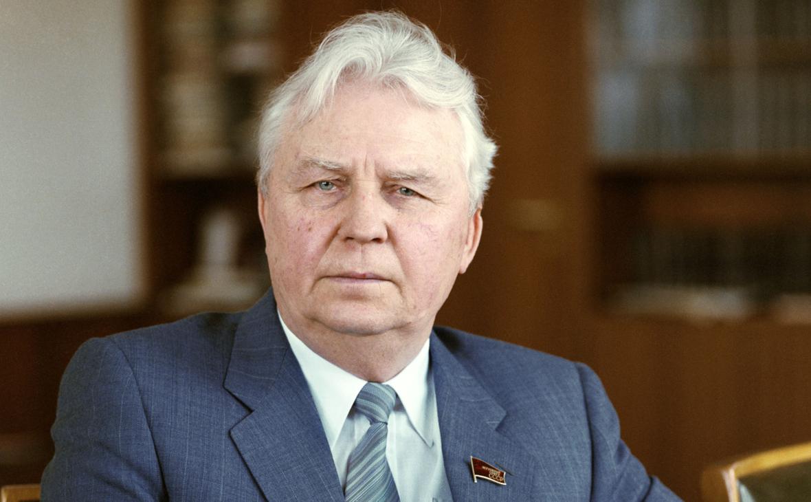 Егор Лигачев