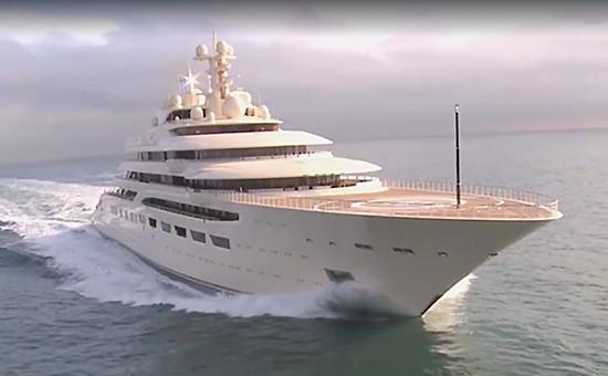 Яхта российского бизнесмена Алишера Усманова Dilbar