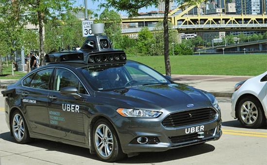 Беспилотный автомобиль сервиса такси Uber
