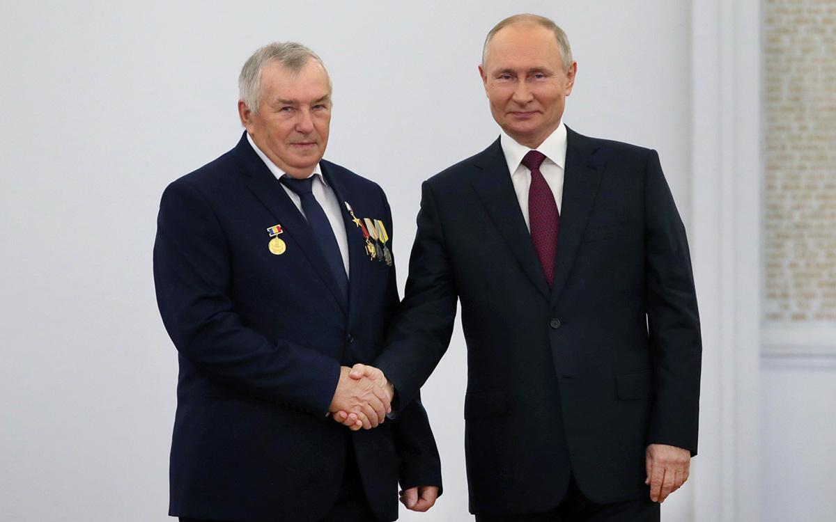 Александр Бондаренко и Владимир Путин