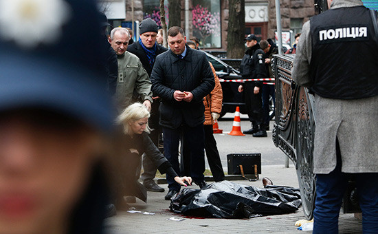 На месте убийства Дениса Вороненкова