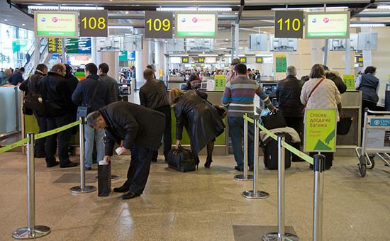 Стойки регистрации авиакомпании S7 в аэропорту Домодедово
