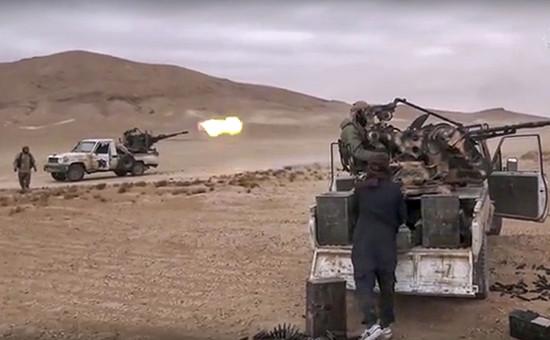 Боевики террористической группировки «Исламское государство» (запрещена в РФ) во времяштурма Пальмиры