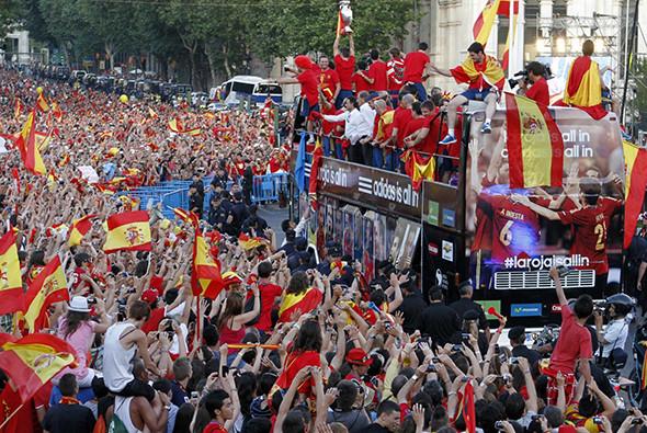 Встреча сборной Испании.