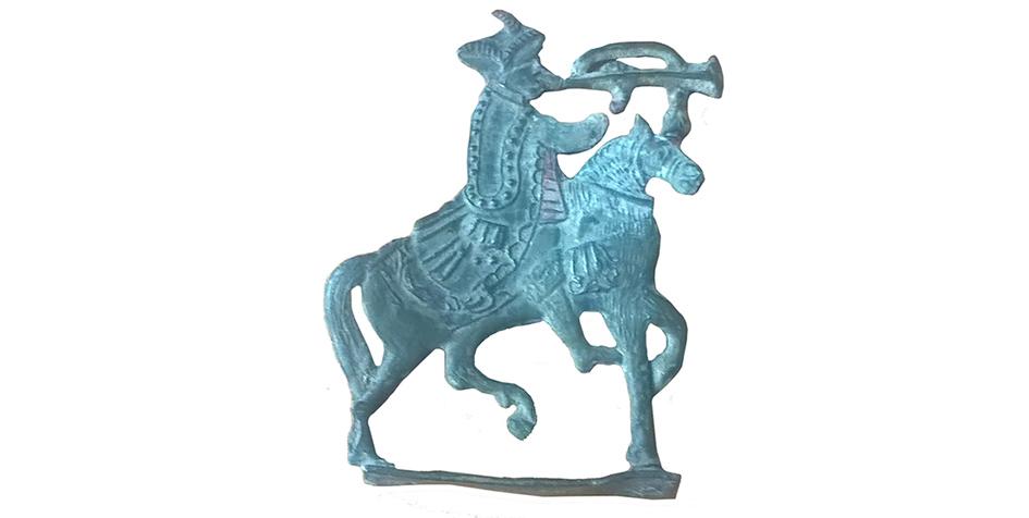 Оловянная фигурка всадника XVII—XVIII веков была найдена в «Зарядье»