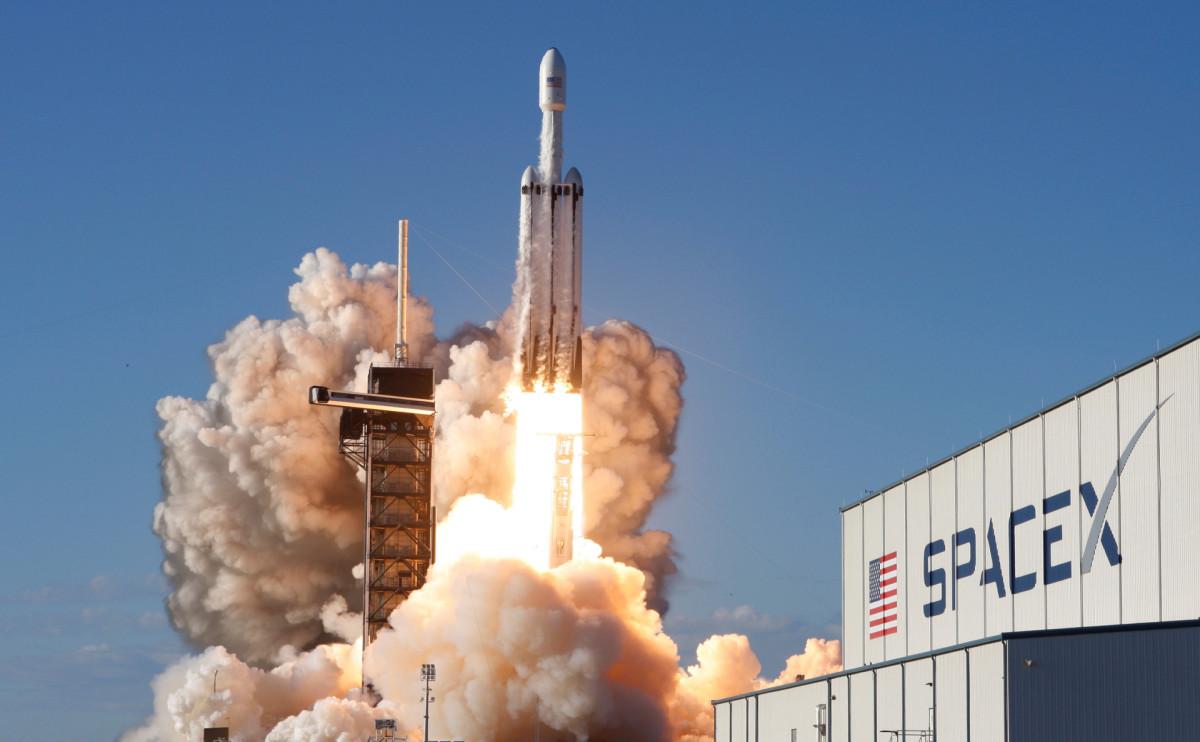 Запуск ракетыFalcon Heavy