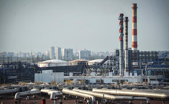 Московский нефтеперерабатывающий завод (МНПЗ) в Капотне