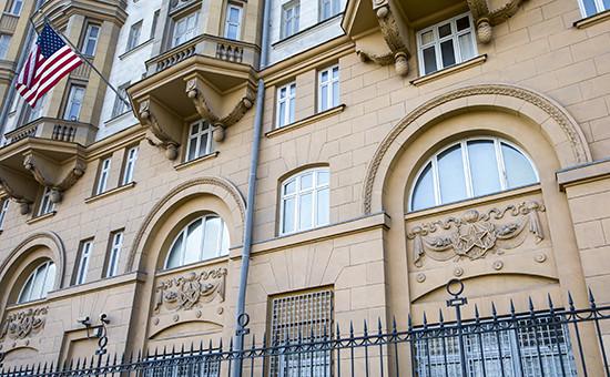 Здание посольства Соединенных штатов Америки на Новинском бульваре  Архивное фото