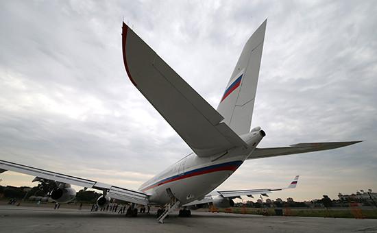 Самолет СЛО «Россия» Ил-96