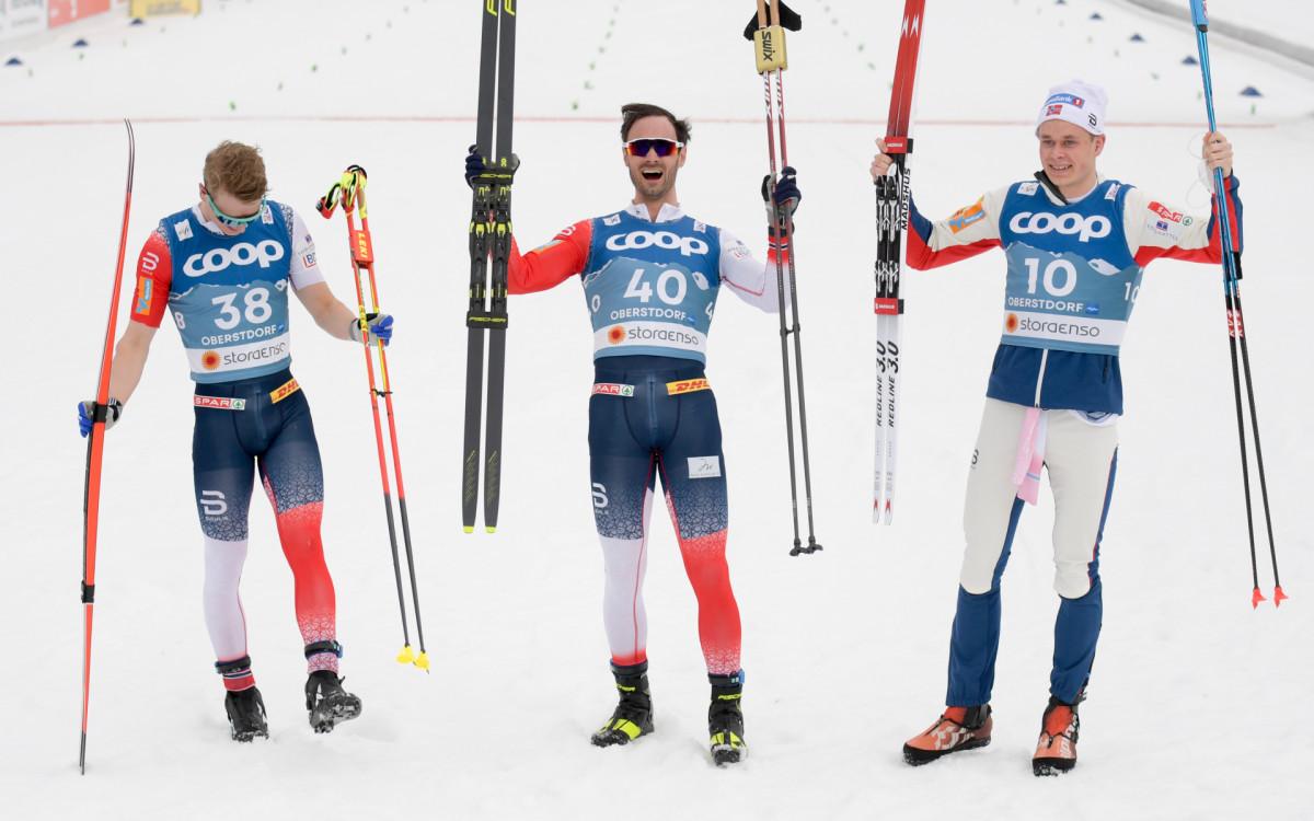 Норвежские лыжники Симен Хегстад Крюгер, Ханс Кристер Холунд и Харальд Эстберг Амундсен (слева направо)