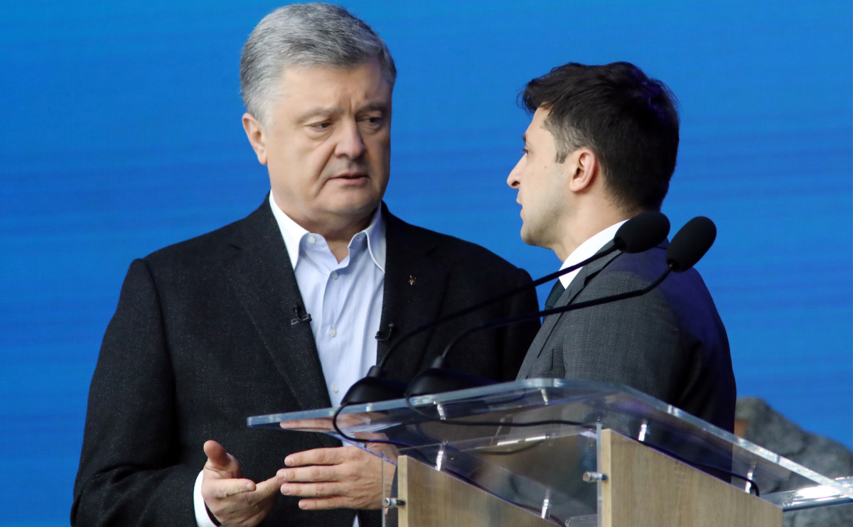 Петр Порошенко и Владимир Зеленский (слева направо)