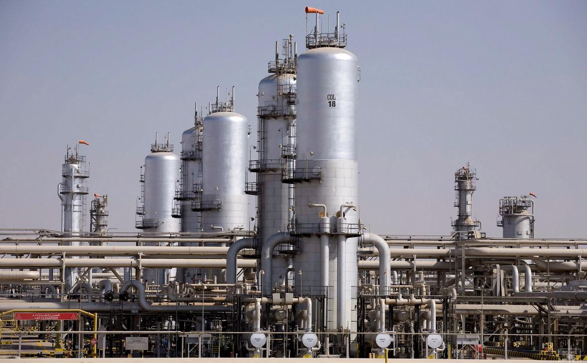 Нефтеперерабатывающий завод Абкаик в Саудовской Аравии