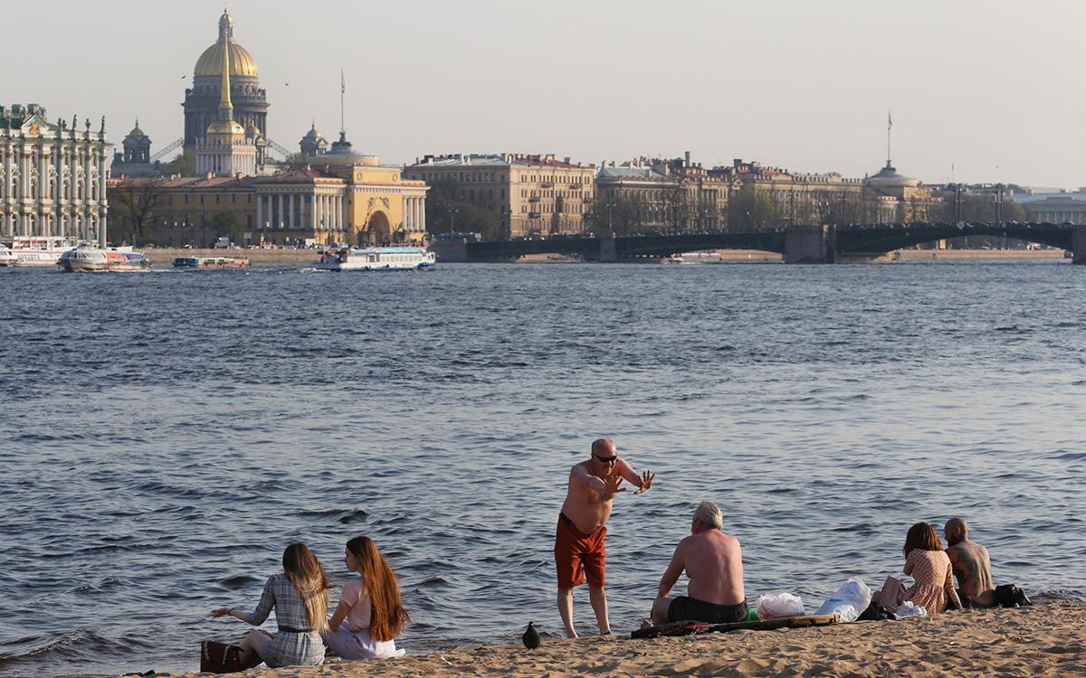 Губернатор Петербурга допустил ужесточение коронавирусных ограничений