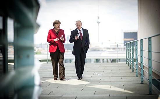 Канцлер Германии Ангела Меркель (слева) и президент РФ Владимир Путин