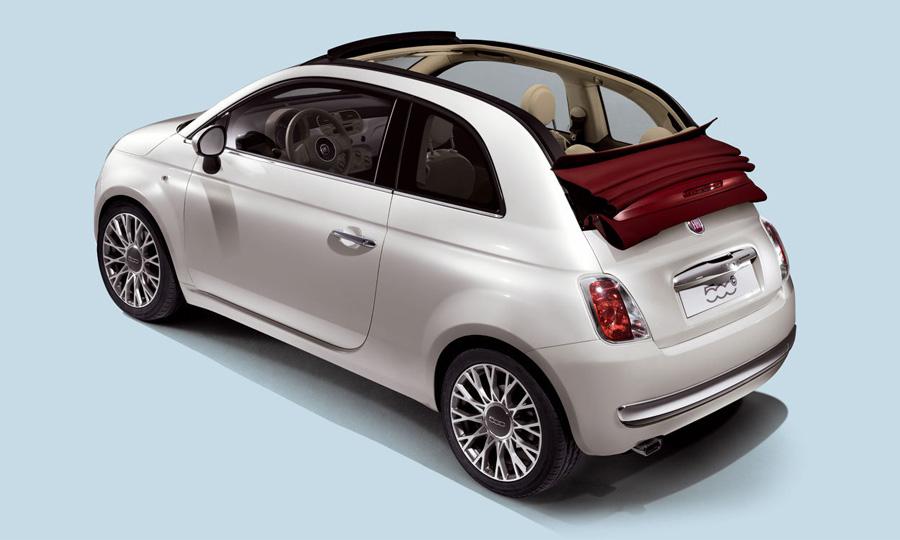 Объявлены цены на кабриолет FIAT 500