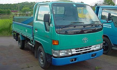 ДВТУ готовит ценовой справочник для грузовиков и автобусов