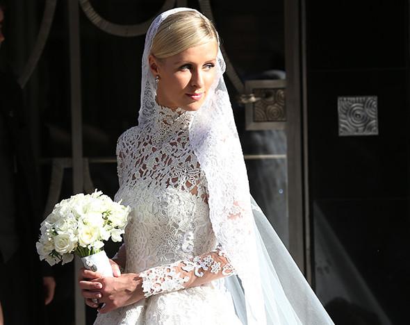 7d23c445748b3eb Под знаком Valentino: лучшие свадебные платья этого года :: Вещи ::  РБК.Стиль
