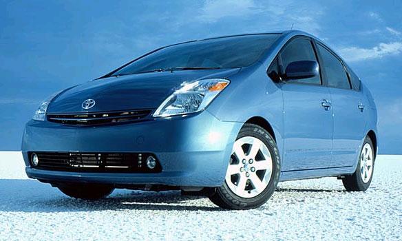Toyota Prius - самый популярный гибрид