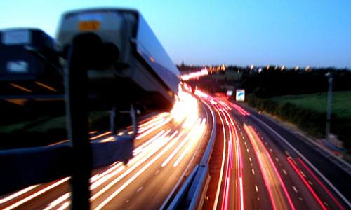 Видеокамеры будут фиксировать проезд на красный свет
