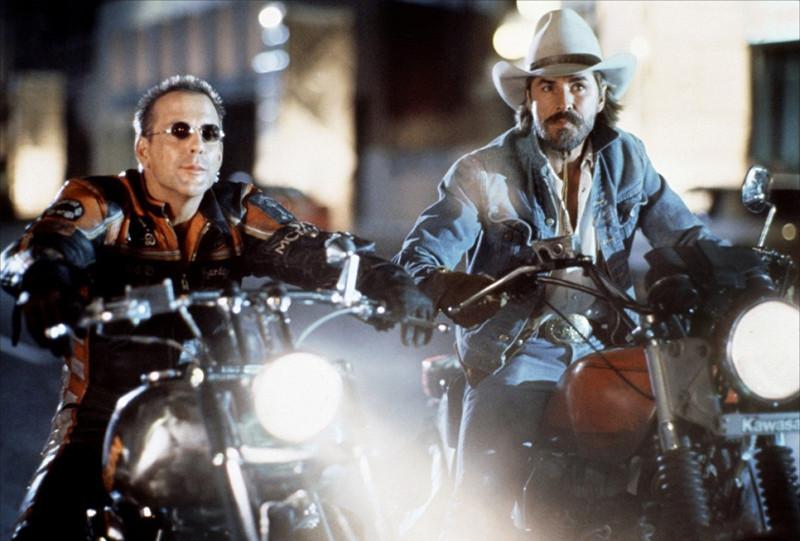 Кадр из фильма«Харлей Дэвидсон и ковбой Мальборо»