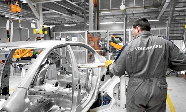 Приостановлен выпуск автомобилей Volkswagen и Skoda в Нижнем Новгороде