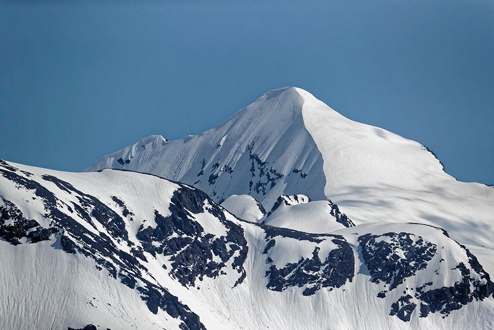 Софийский ледник рядом с поселком Архыз, Карачаево-Черкесия