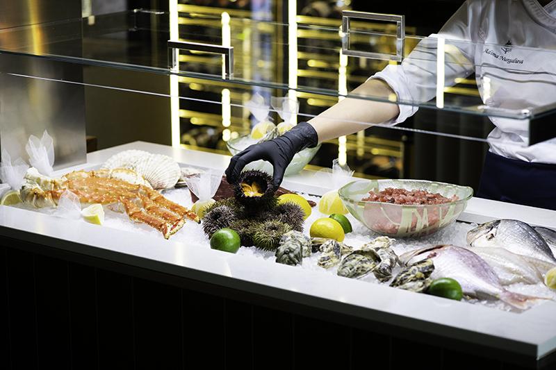 Витрина с морепродуктами