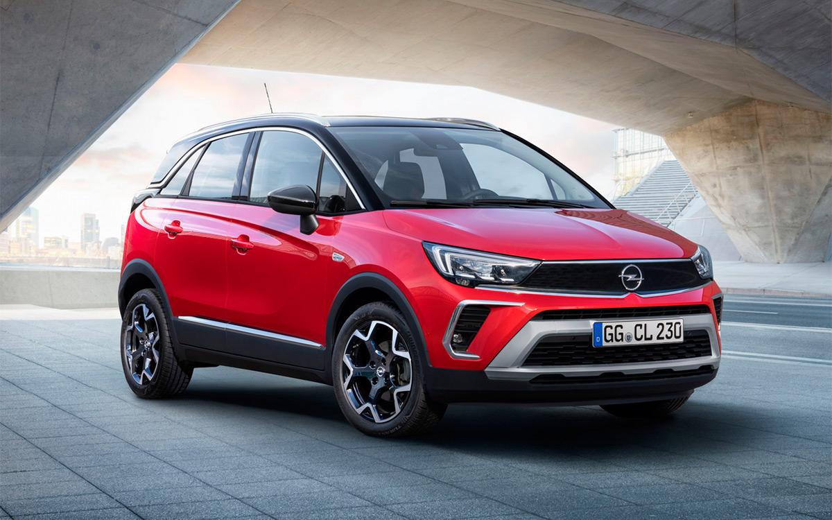 Opel анонсировал появление в России обновленного кроссовера Crossland