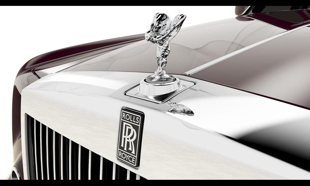 Rolls-Royce отмечает столетие «Духа восторга»